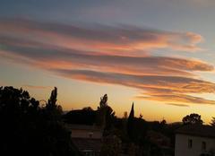 Nuages La Motte 83920 Nuages lenticulaires dans le ciel du soir