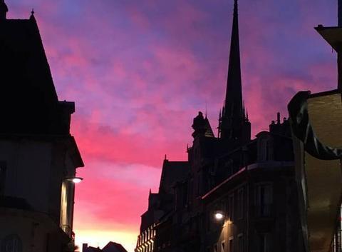 Ciel en feu à Dijon
