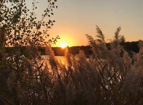 Coucher de soleil sur le lac des Vannades