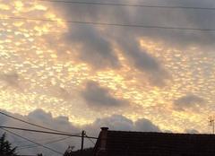Ciel Trelissac 24750 Des pépites d'or dans un ciel d'orage