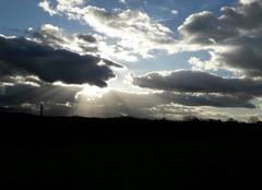 Insolite Fabas 09230 Le soleil derrière les nuage