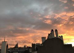 Ciel Paris-18 75018 Le soleil se couche sur Montmartre