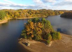 Faune/Flore Neuvic 19160 Lac de la Triouzoune photo par drone