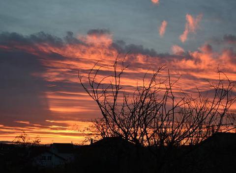 Nouveau ciel embrasé au lever du jour ce jeudi