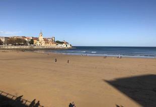 Mer Gijón 33200 Plage au mois de novembre SB