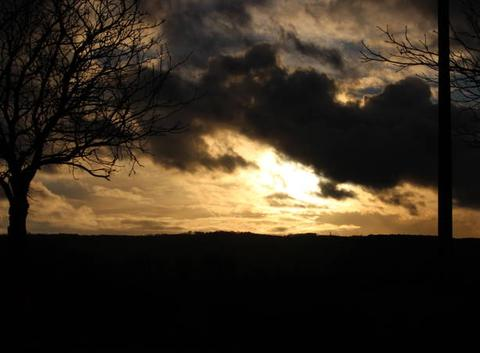 Ciel chahuté au soleil couchant