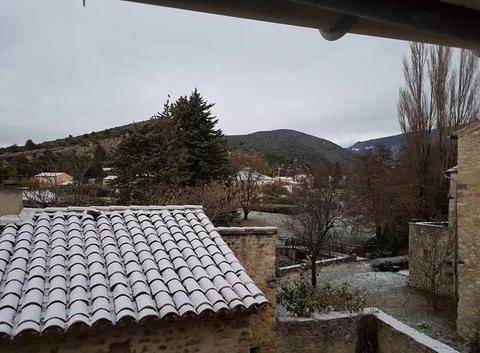 Maigre neige pour une fin d'automne  ...