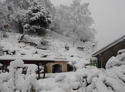 Neige à Thèbe ce matin