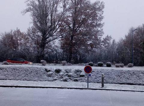 La neige tombe
