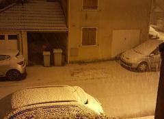 Neige Saint-Pierre-du-Perray 91280  le 30/11 vers 23h