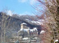 Neige Polminhac 15800 Château de PESTEILS sous la neige.