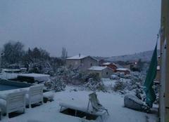 Insolite Seillons-Source-d'Argens 83470 Neige de decembre