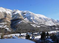 Insolite Campan 65710 Les Pyrénées vues de Lagalade.