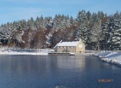 Froid Saint-Oradoux-de-Chirouze 23100 Etang de Méouze gelé