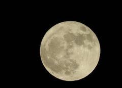 Ciel Plan-d'Orgon 13750 Lune du dimanche soir