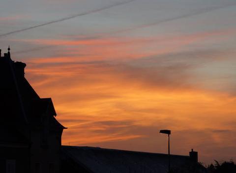 Joli couché de soleil sur Saint-Lô