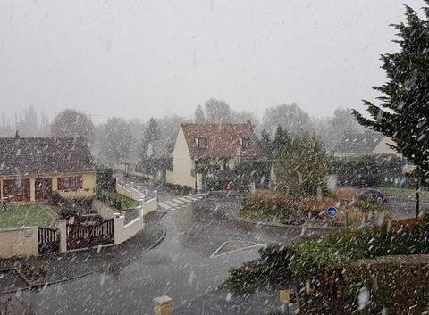 Neige dans le 77