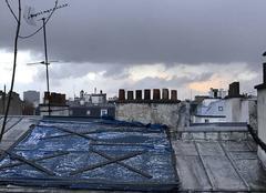 Ciel Paris-18 75018 Noir, c'est noir ; blanc, c'est blanc... Averse de grêle