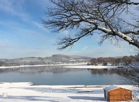 Jolie neige sur le Lac de Vassivière