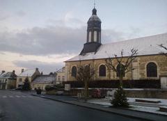 Neige Bazoches-sur-Hoene 61560 Le centre du bourg de Bazoches sur Hoene