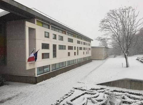 Collège Albert camus lumbres sous la neige