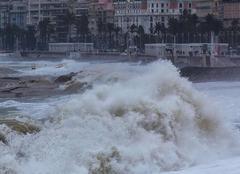 Vent Nice 06000 Quand la Méditerranée est en colère ..