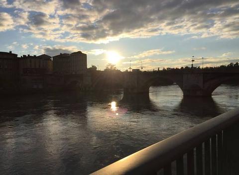 Soleil couchant sur les quais
