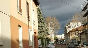 Ciel Lyon 69008 Ca sent la pluie qui arrive !