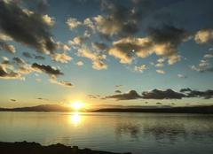 Ciel Leucate 11370 Coucher de soleil sur le canigou