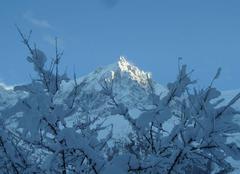 Neige Chamonix-Mont-Blanc 74400  vue sur l'Aiguille du Midi - le 28/12/17