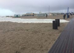 Tempête Trouville-sur-Mer 14360 Vagues puissantes a Trouville
