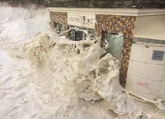Tempête Cabourg 14390 Le 3/01/18 Cabourg les toilettes sur la plage
