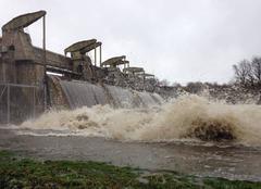 Pluie L'Isle-Jourdain 86150 Crue barrage de chardes