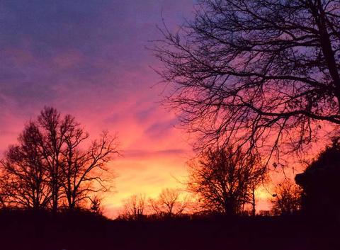 Ciel en feu dans le Tarn