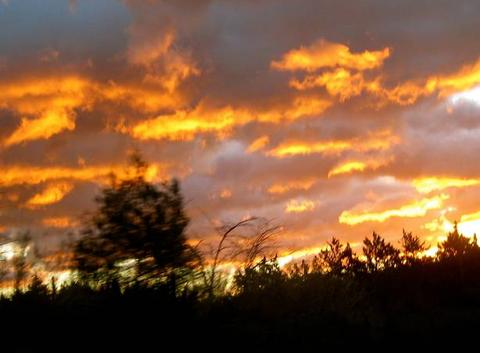 Lever de soleil avant la tempête Georgina