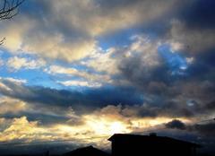 Nuages Saint-Lezer 65500 Ciel de St Lézer ce lundi 22 janvier 2018 à 09h 08.