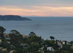Insolite Cavalaire-sur-Mer 83240 La Corse depuis Cavalaire sur Mer