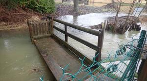 Pluie Sallanches 74700 La rivière déborde dans les champs