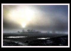Brouillard Saint-Privat 24410 Lumière Bizarre.