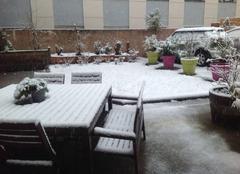 Neige Saint-Etienne 42000 Début d'épisode neigeux