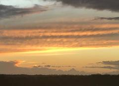 Ciel Montech 82700 Le soleil est pas loin
