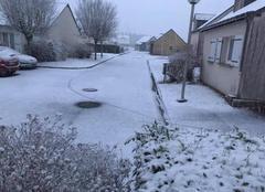 Neige Savigne-sur-Lathan 37340 Début de neige