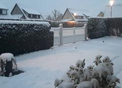 Neige L'Aigle 61300 8h00 et il neige toujours.