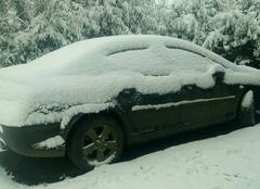 Nuages Foucart 76640 Voiture enseveli de neige