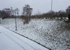 Neige Tours 37000 La neige est la !!!??