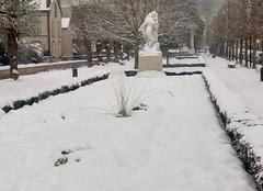 Neige Dreux 28100 Dreux sous la neige.