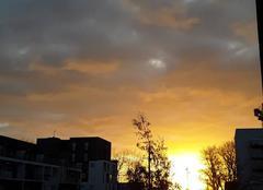 Ciel Nantes 44000 Soleil et nuages.