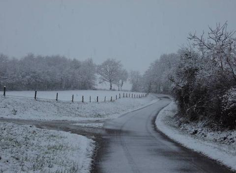 Neige en plaine.