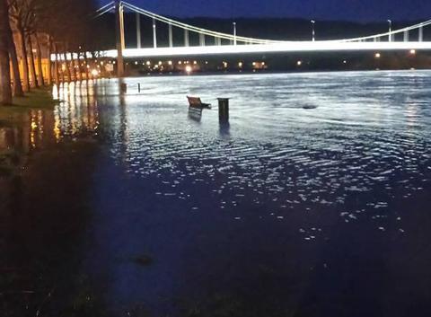 Elbeuf sous les eaux