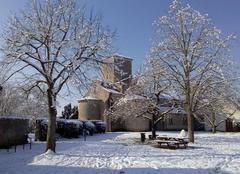 Neige Germigny-des-Pres 45110 Le jardin de l'Oratoire sous la neige